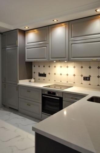 Кухня с пеналом МДФ краска, мебельные магазины сумы, купить кухню сумы, кухни сумы