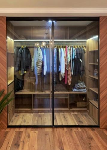 interiorich мебель, мебель под заказ сумы, гардеробная под заказ сумы, шкаф со стеклянной дверью сумы, шкаф-купе сумы, гардеробная сумы