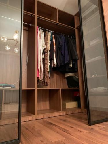 мебель под заказ сумы, гардеробная под заказ сумы, мебель сумы, шкаф со стеклянной дверью сумы, шкаф-купе сумы, гардеробная сумы